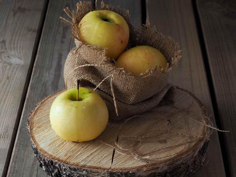 Kiek obuoliuose pesticidų? Kuriuos rinktis?