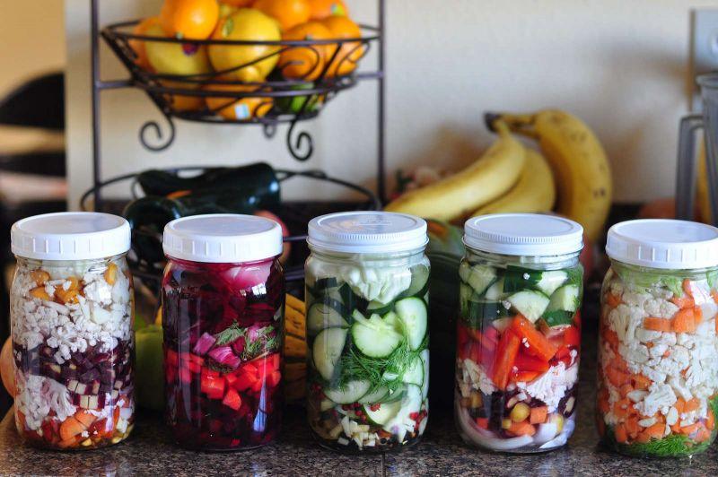 Raugintos daržovės ne tik statinėse