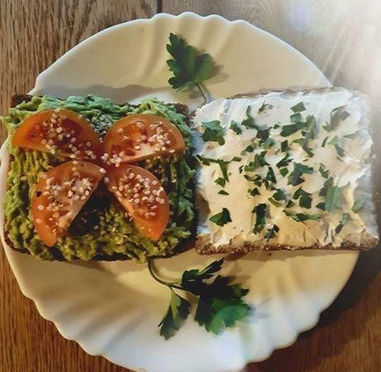 Sumuštinis - Ožkos sūris su smulkintomis petražolėmis