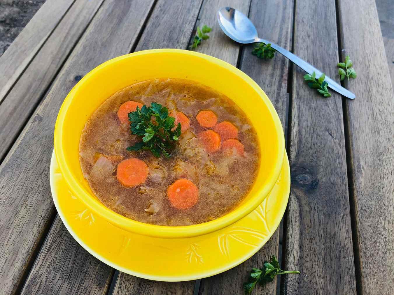 Raugintų kopūstų sriuba