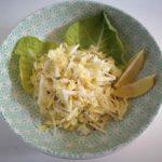 Pekino kopūsto salotos su pastarnoku, kaliarope