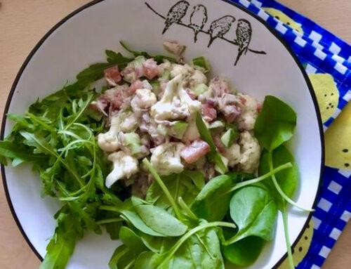 Vištienos ir žiedinių kopūstų salotos