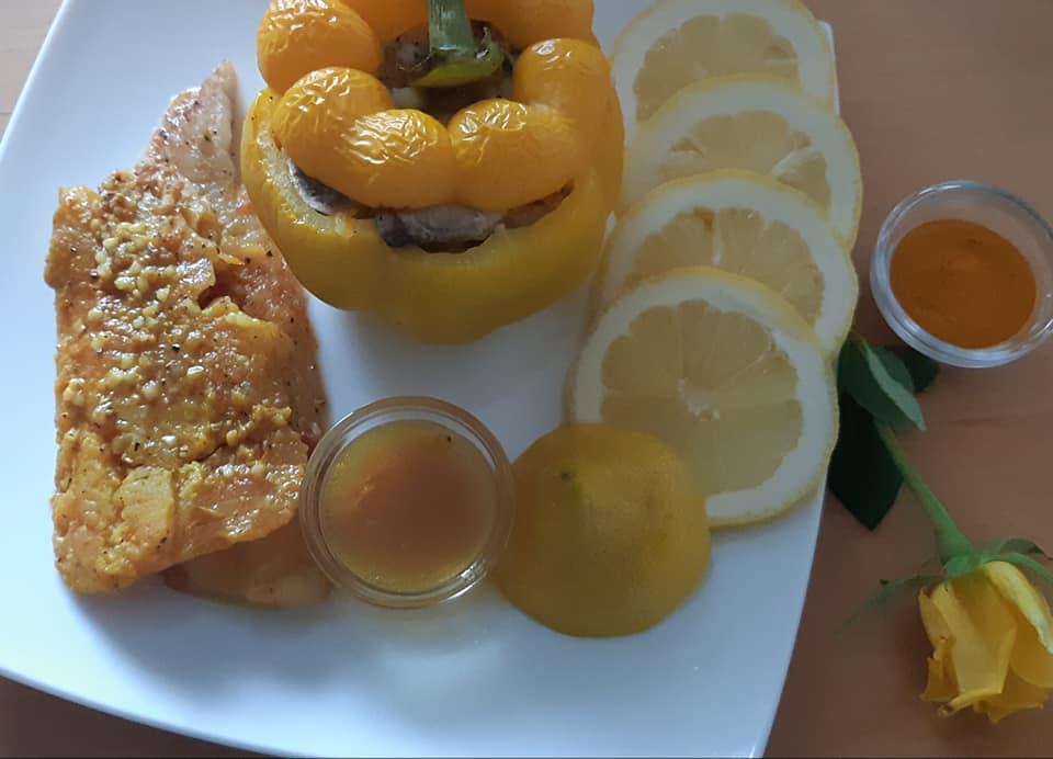 paprika-idaryta-pievagrybiais-morkomis-ir-svogunais