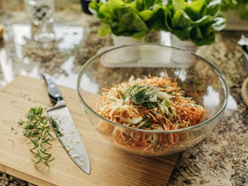 morku-ir-kopustu-salotos