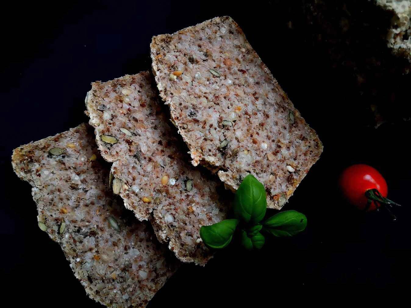 Grikių duona be glitimo - išsilaiko šviežia iki savaitės | sulieknek.lt